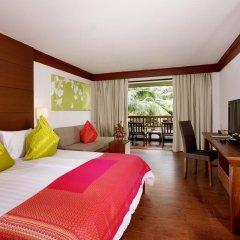 Отель Kamala Beach Resort a Sunprime Resort 4* Номер Делюкс с двуспальной кроватью фото 5