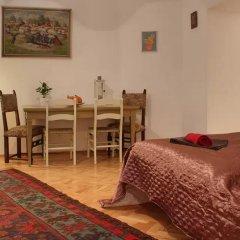 Апартаменты Bohemia Antique Apartment комната для гостей фото 2
