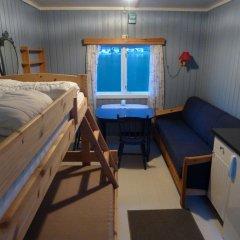 Отель Nesset Fjordcamping Номер с общей ванной комнатой с различными типами кроватей (общая ванная комната)