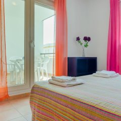 Отель Apartamentos O2 Conil Испания, Кониль-де-ла-Фронтера - отзывы, цены и фото номеров - забронировать отель Apartamentos O2 Conil онлайн комната для гостей фото 3