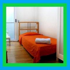 Отель Martha's Guesthouse Испания, Барселона - отзывы, цены и фото номеров - забронировать отель Martha's Guesthouse онлайн сейф в номере