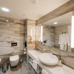 Гостиница Parklane Resort and Spa ванная