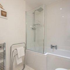 Отель Glasgow City Flats Великобритания, Глазго - отзывы, цены и фото номеров - забронировать отель Glasgow City Flats онлайн ванная