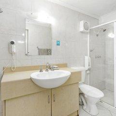 Отель Scottys Motel ванная фото 2