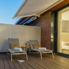 Отель Aparthotel Mariano Cubi Barcelona 4* Улучшенный номер с двуспальной кроватью фото 6