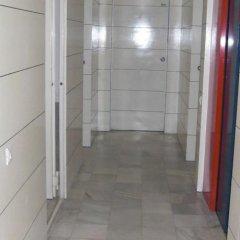 Отель Apartamentos Descartes Барселона интерьер отеля фото 3