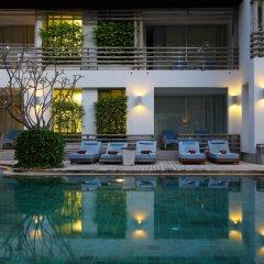 Отель Ramada by Wyndham Phuket Southsea 4* Улучшенный номер двуспальная кровать фото 2