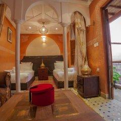 Отель Dar Ikalimo Marrakech 3* Улучшенный номер с различными типами кроватей фото 10
