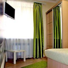 Хостел Friday Улучшенный номер с разными типами кроватей фото 7