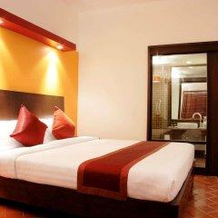 Отель All Seasons Naiharn Phuket 3* Стандартный номер с двуспальной кроватью