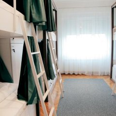 Отель Karavan Inn Кровать в общем номере с двухъярусной кроватью фото 23