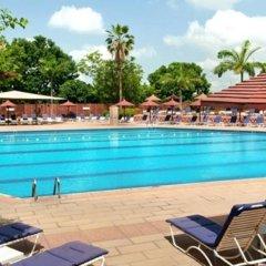 Отель Transcorp Hilton Abuja бассейн фото 2