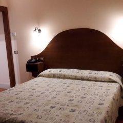 Отель 4 Coronati 2* Стандартный номер фото 3