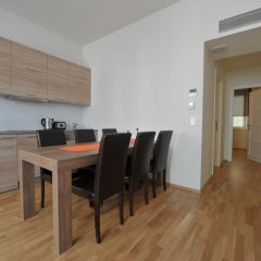 Апартаменты Debo Apartments Апартаменты с 2 отдельными кроватями фото 9