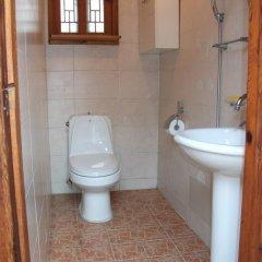 Отель Hyosunjae Hanok Guesthouse 2* Стандартный номер с различными типами кроватей (общая ванная комната) фото 4