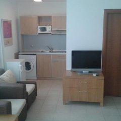 Отель Emerald Beach Resort & Spa Равда в номере