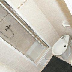 Отель Jump In Hostel Чехия, Прага - 2 отзыва об отеле, цены и фото номеров - забронировать отель Jump In Hostel онлайн ванная