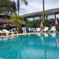 Отель Moonwalk Lanta Resort Ланта бассейн
