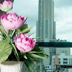 Отель Shadi Home & Residence Таиланд, Бангкок - отзывы, цены и фото номеров - забронировать отель Shadi Home & Residence онлайн балкон