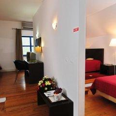 INATEL Piódão Hotel 4* Улучшенный номер двуспальная кровать фото 9