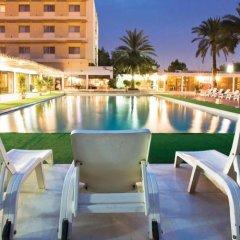 Отель Ras Al Khaimah Hotel ОАЭ, Рас-эль-Хайма - 2 отзыва об отеле, цены и фото номеров - забронировать отель Ras Al Khaimah Hotel онлайн бассейн фото 3