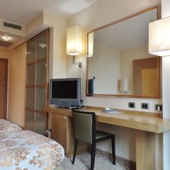Hotel Tiffany Milano Треццано-суль-Навиглио удобства в номере фото 2