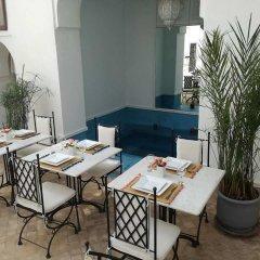 Отель Riad Chi-Chi Марокко, Марракеш - отзывы, цены и фото номеров - забронировать отель Riad Chi-Chi онлайн питание фото 2