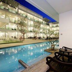 Отель The Old Phuket - Karon Beach Resort 4* Номер Делюкс с двуспальной кроватью фото 3