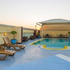 Отель Imperial Suites бассейн фото 3