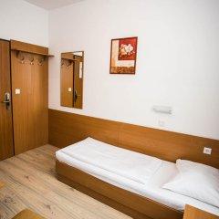 Hotel Geblergasse 3* Стандартный номер с различными типами кроватей фото 15