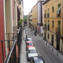 Отель Apartamentos MLR Paseo del Prado Испания, Мадрид - отзывы, цены и фото номеров - забронировать отель Apartamentos MLR Paseo del Prado онлайн балкон
