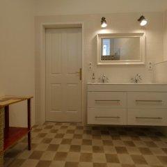 Отель Vienna Vintage Apartment Австрия, Вена - отзывы, цены и фото номеров - забронировать отель Vienna Vintage Apartment онлайн ванная