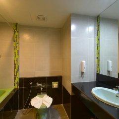Siam Oriental Hotel 3* Улучшенный номер с различными типами кроватей