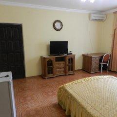 Гостевой дом Домашний Уют Стандартный семейный номер с двуспальной кроватью фото 13