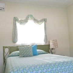 Отель Sea Grove Villa комната для гостей