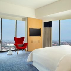 Отель Four Points By Sheraton Surabaya 4* Номер Делюкс фото 6