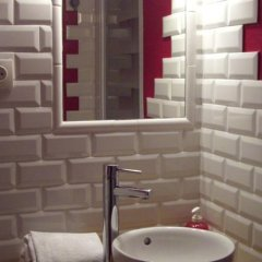 Отель Hôtel Côté Patio ванная фото 2