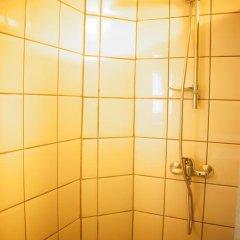 Отель Es Hostel Midi Бельгия, Брюссель - отзывы, цены и фото номеров - забронировать отель Es Hostel Midi онлайн ванная