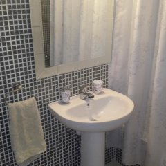 Отель Residencial Lanzarote Puertito de Güimar Испания, Гуимар - отзывы, цены и фото номеров - забронировать отель Residencial Lanzarote Puertito de Güimar онлайн ванная фото 2