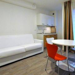 Отель BB Hotels Aparthotel Arcimboldi Италия, Милан - отзывы, цены и фото номеров - забронировать отель BB Hotels Aparthotel Arcimboldi онлайн комната для гостей фото 2