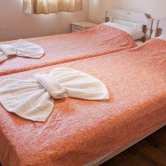 Отель Ulpia House Стандартный номер с двуспальной кроватью (общая ванная комната) фото 5