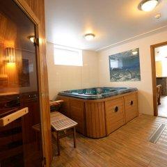 Отель R&R Spa Villa Trakai Литва, Тракай - отзывы, цены и фото номеров - забронировать отель R&R Spa Villa Trakai онлайн бассейн