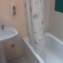 Отель Pensao Bela Vista 2* Стандартный номер двуспальная кровать (общая ванная комната) фото 6