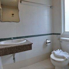 Отель Hollywood Inn Love ванная фото 2