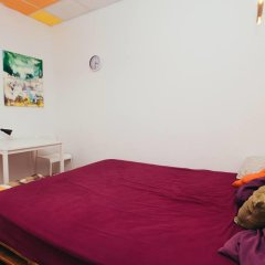 Art Hostel Стандартный номер с двуспальной кроватью (общая ванная комната) фото 10