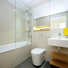 Отель Staycity Aparthotels London Heathrow Великобритания, Лондон - отзывы, цены и фото номеров - забронировать отель Staycity Aparthotels London Heathrow онлайн ванная
