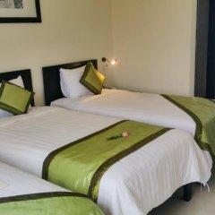 Отель Starfruit Homestay Hoi An 2* Стандартный семейный номер с двуспальной кроватью фото 9