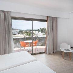 Отель THB Ocean Beach 4* Улучшенный номер с различными типами кроватей фото 2