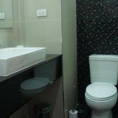 Отель VT 1 Serviced Apartments Таиланд, Паттайя - отзывы, цены и фото номеров - забронировать отель VT 1 Serviced Apartments онлайн ванная фото 2