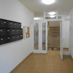 Апартаменты Apartment Mladejovskeho сейф в номере